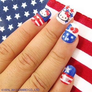 hello kitty nail design