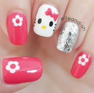 hello kitty toe nail designs