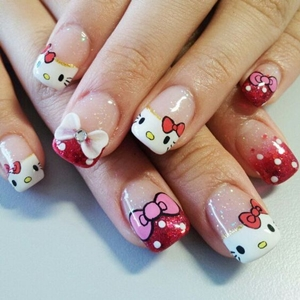 hello kitty nail kit