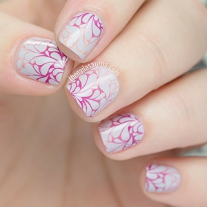 floral marble nails