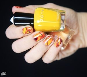 yellow marble nails