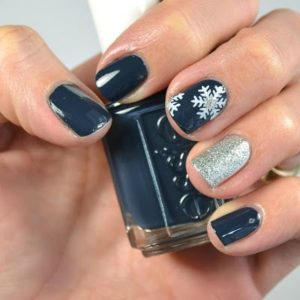 snowy night nails