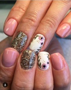 Dusty PinkFlorals nails