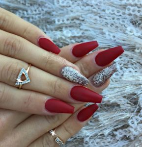 red coffin nail art