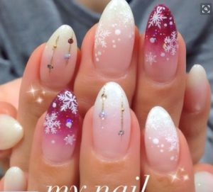 ombre snowflake nails