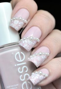 pearl and lace nude nails