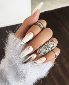 chrome nails marble