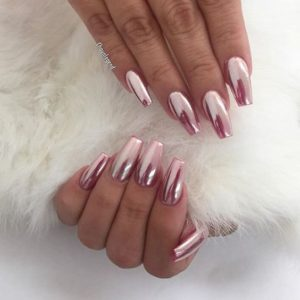 chrome nails pink