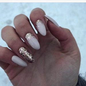 35 Absolutely Gorgeous Almond Shaped Nails |