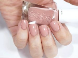 Princess Charming essie gel color
