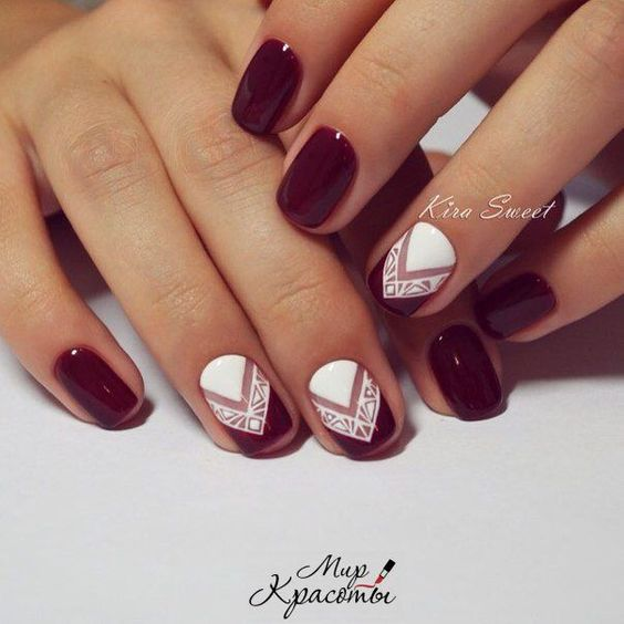 12Decorative White and Burgundy Nails