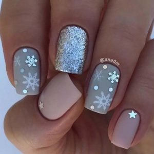 grey snowflakes nails