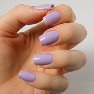 Simple and Beautiful Lilac Nails