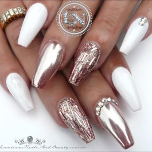 nails with Jewels