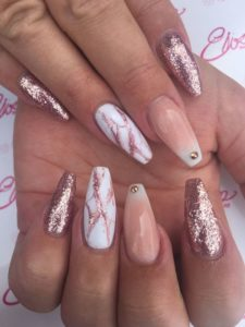 Marble Accent rose gold nails