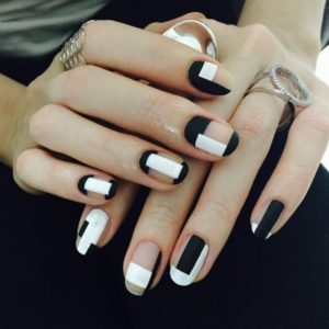 geometric mani with negative space
