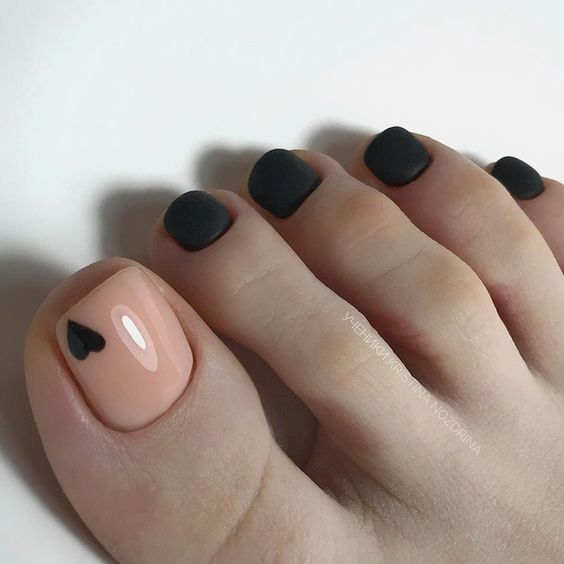 40 Cute Toe Nail Designs |