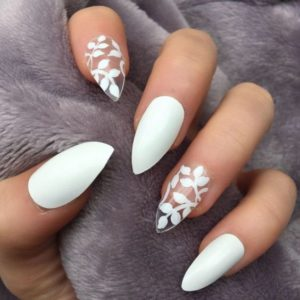 Stiletto white with patterns