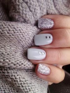 gray nails with ornaments