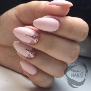 Pink nude with rose gold triangles
