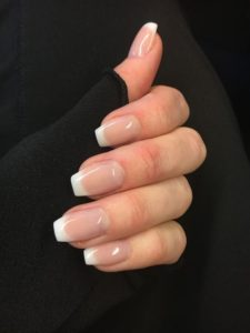 Classic French manicure tips