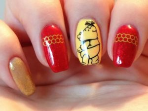 winnie the pooh nail art on accent nail