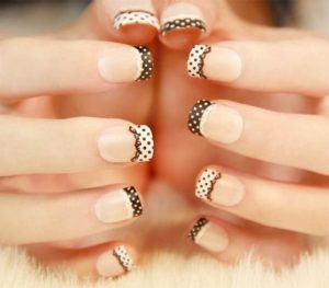 Polka dots on white tips