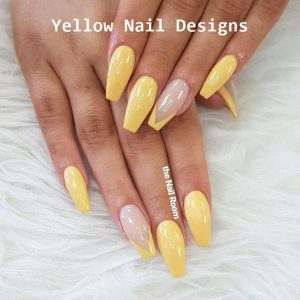 French manicure on accent nail