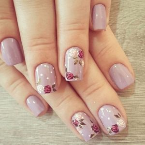 Roses nail art on different nails