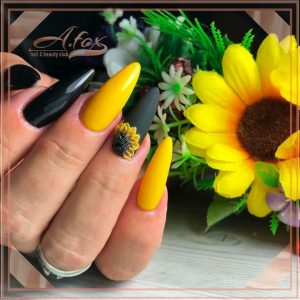 alternate yellow and black coated nails