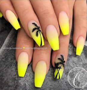 Palm tree nail art on accent nail