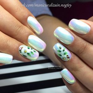 white holo flower