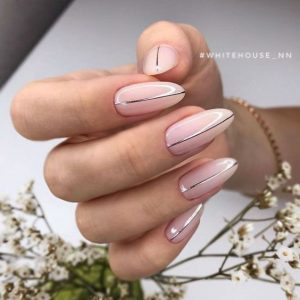 stripe on nude nails