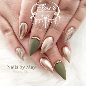 chrome gold stiletto glitter