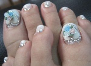 dimensional bouquet toe nails