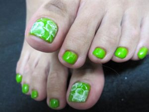 neon green white flower toes