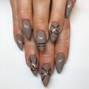 stiletto taupe stripes