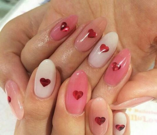 pink monochrome red glitter hearts
