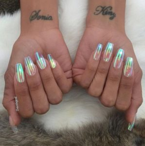 clear nails hologram