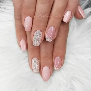 nude pink tip glitter