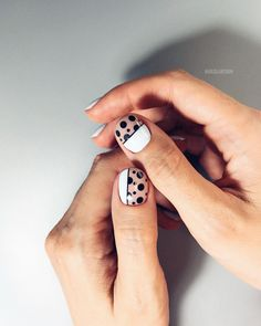 dots and lines design