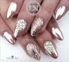 rose gold short chrome design