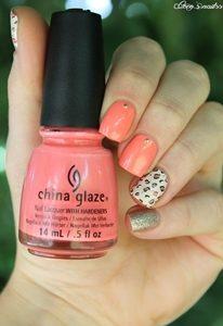 colorful short nails
