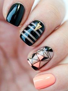 monochrome short nails