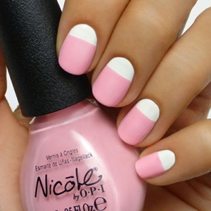 short nails pink color