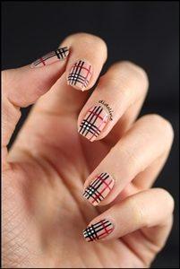 stripes short nails
