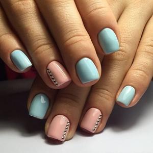 pastel short nails