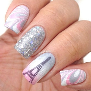 Paris marble nail art