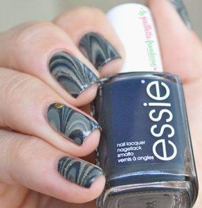 gray marble nails