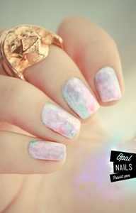 pastel marble nails